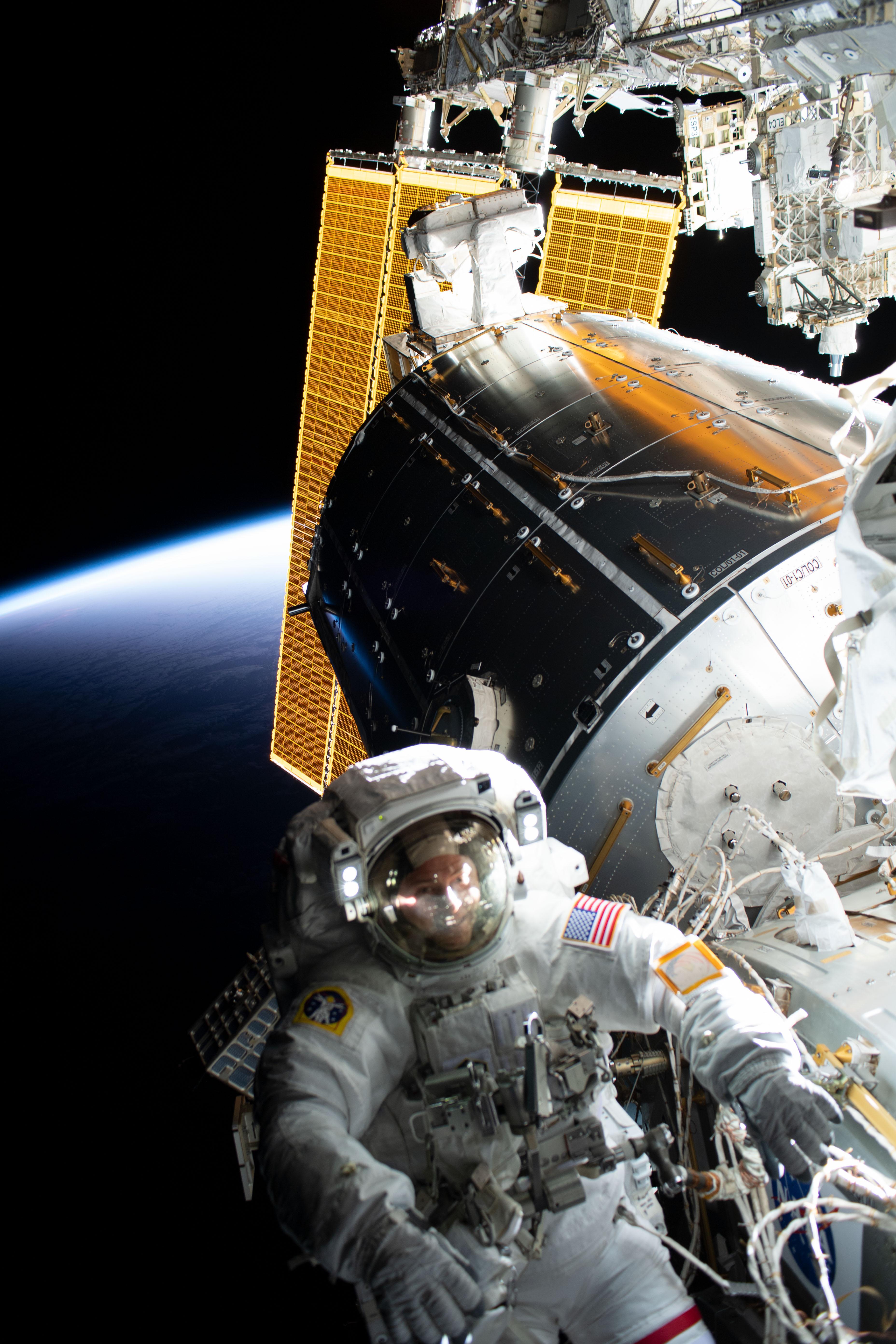 Jak zmienić podłączenie w kosmiczny związek