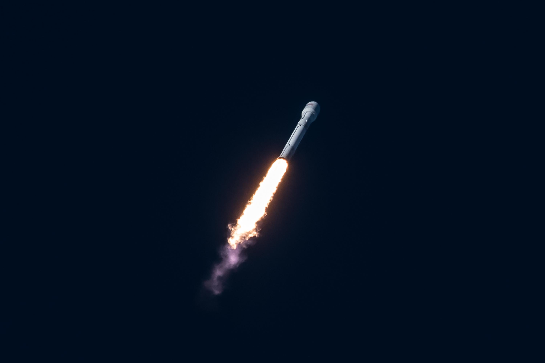 Start rakiety Falcon 9 z misją Intelsat 35e (Źródło: SpaceX)